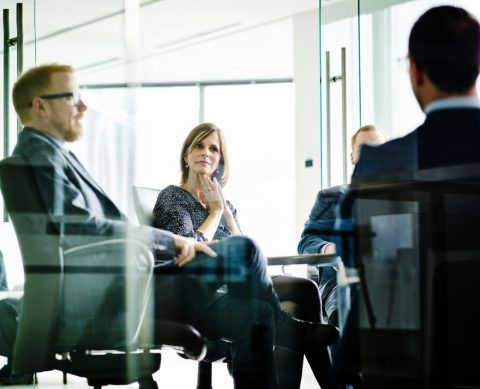 7 Leadership Lessons Men Can Learn from Women